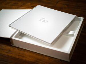 Fotoalbum mit Geschenkbox