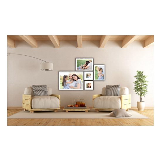 Galeriewand mit Familienbildern